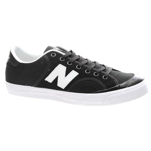 Sneaker NEW BALANCE PRO COURT SKATE Color Nero